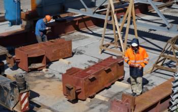 10 июня 2021 года Минстрой России, Минфин России и ФАС России подписали совместное письмо, разъясняющее положения 44-ФЗ в части возможности изменения цены государственного контакта при существенном изменении цен на строительные ресурсы