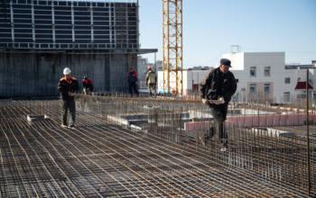 Авансирование строительных и проектных работ – чья обязанность: заказчика или подрядчика?