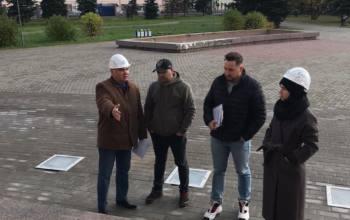 Индивидуальному предпринимателю Майнусову до 30 октября предписано устранить все выявленные дефекты на крыльце областного театра драмы имени Ломоносова