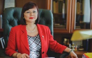 Сегодня юбилейный день рождения отмечает ректор САФУ Елена Кудряшова